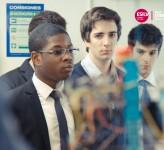 élèves ingénieurs en robotique