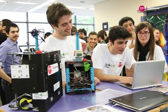 Les robots qui ont concouru à la coupe de france de robotique 2014