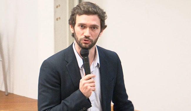 Clément Duhart, chercheur associé à l'ESILV et au MIT Media Lab, a donné une conférence sur l'intelligence artificielle au service de l'écologie