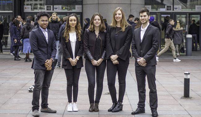 EasyTalk, application développée par des élèves-ingénieurs de l'ESILV, a été selectionné parmi les quatres finalistes du Prix Étudiants de la Fondation Sopra Steria