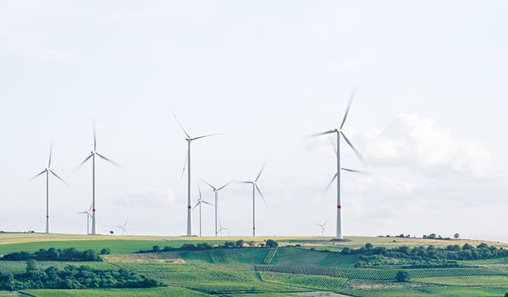 Les centrales virtuelles ne sont pas propres aux consomm'acteurs, elles peuvent aussi être une agrégation d'éoliennesou tout autre système de production décentralisé